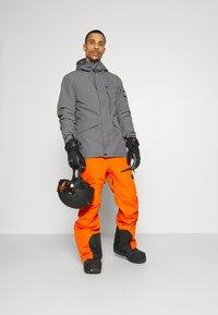 Quiksilver - MISSION SOLI - Snowboardjacke - heather grey - 1