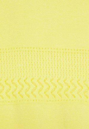 PRETTY CREW - Triko spotiskem - yellow