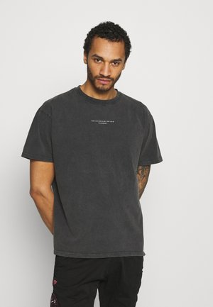 COUTURE WAVE GRAPHIC - Print T-shirt - acid wash grey