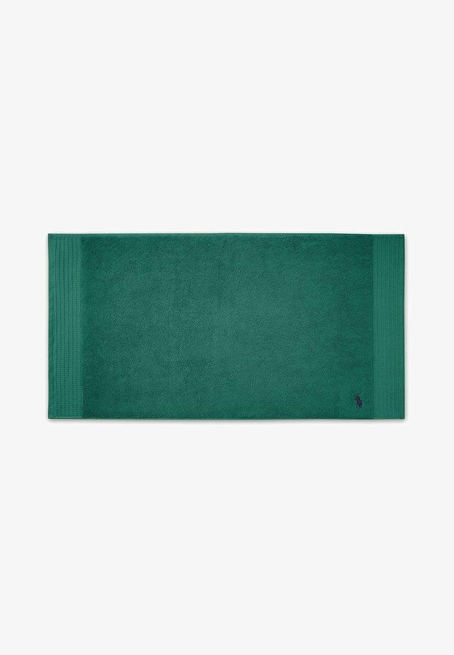 Beach towel - evergreen