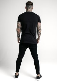 SIKSILK - RHINESTONE CHERUB TEE - Camiseta estampada - black - 2
