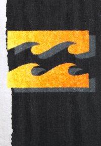 Billabong - CRASH TOWEL - Telo mare - black - 1
