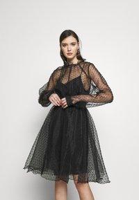 Custommade - VIRA DRESS - Koktejlové šaty/ šaty na párty - anthracite black - 0