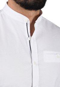 Solid - ALLION - Shirt - white - 3