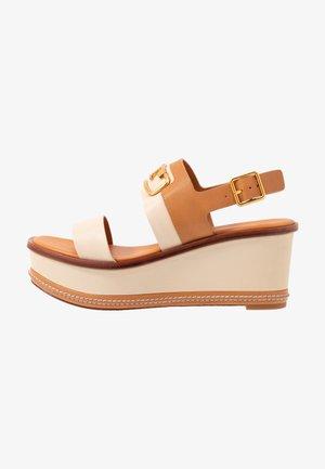SELBY PLATFORM WEDGE - Korkeakorkoiset sandaalit - dulce de leche/camello