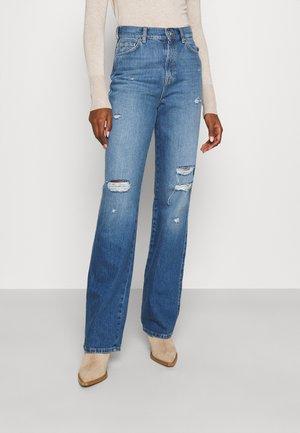 ONLMILOH LIFE - Relaxed fit jeans - light medium blue denim