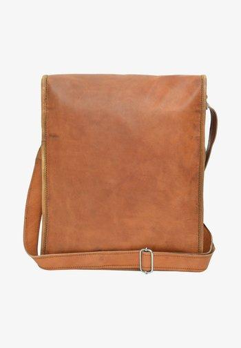 FINN - Across body bag - braun