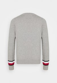 Tommy Hilfiger - ESSENTIAL - Svetr - light grey heather - 7