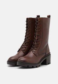 Zign - Šněrovací vysoké boty - dark brown - 2