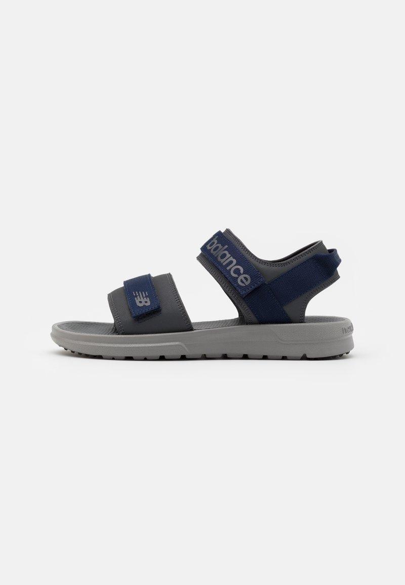 New Balance - SUA - Chodecké sandály - magnet