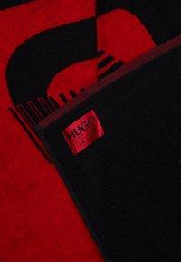 HUGO - BEACH TOWEL - Badehåndkle - black - 2
