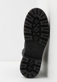 Tommy Jeans - FLATFORM BOOT - Platform ankle boots - black - 6