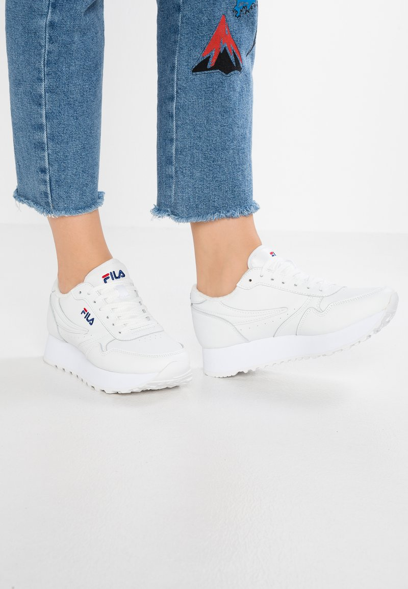 Fila - ORBIT ZEPPA - Sneakers basse - white