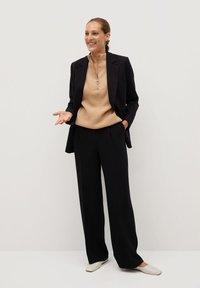 Mango - BETTY - Spodnie materiałowe - black - 1