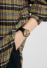 Swatch - ARTHUR - Watch - black - 0