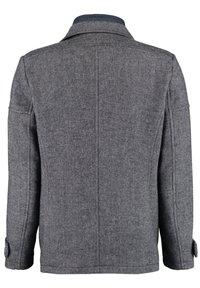DNR Jackets - MIT DOPPELKRAGEN UND PRAKTISCHEN TASCHEN - Winter jacket - mottled grey - 1