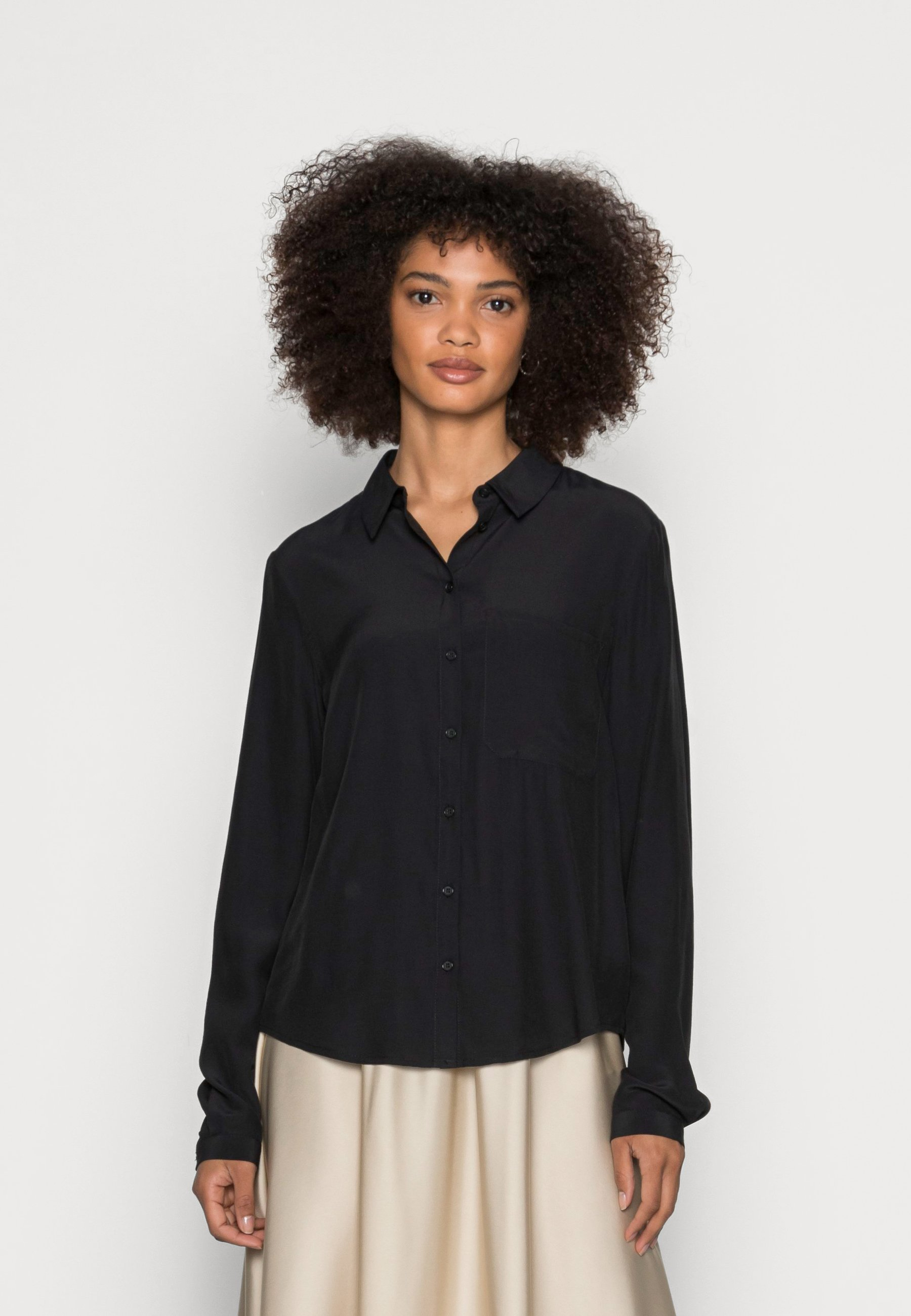Women Basic Blouse with pocket - Button-down blouse