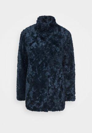 MINIMAL - Short coat - royal blue