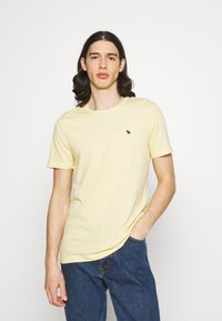 Abercrombie & Fitch - NEUTRAL CREW MULTI 5 PACK - T-shirt basic - white/yellow/green/blue/black - 5