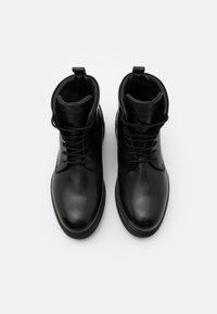 Timberland - BOOT - Šněrovací kotníkové boty - black - 3