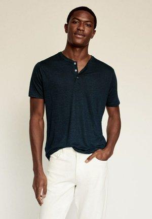 PANA - Jednoduché triko - bleu marine