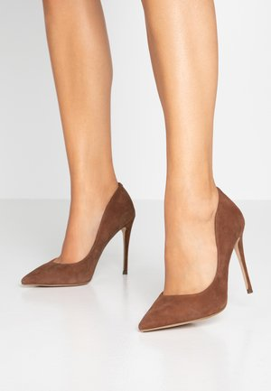 DAISIE - Zapatos altos - chestnut