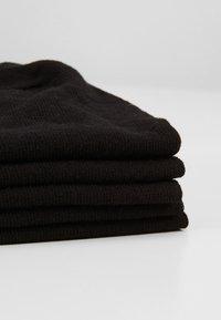 Pier One - 5 PACK - Trainer socks - black - 2
