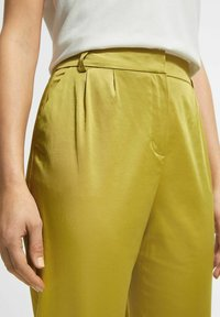 comma - Trousers - light green - 3