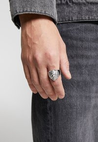 Guess - Ring - silver-coloured - 1