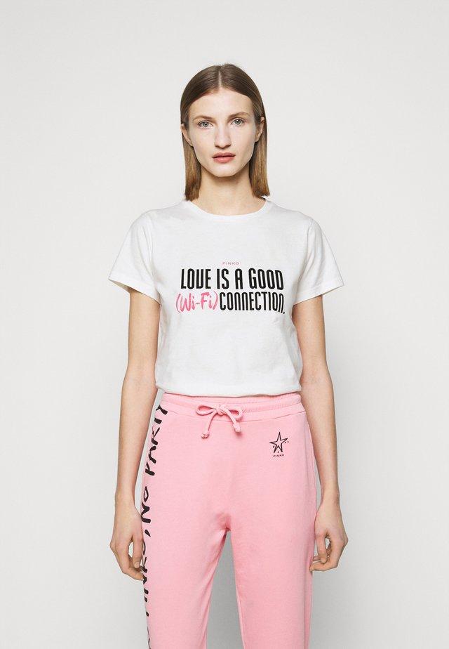 NEUTRALE - T-shirt z nadrukiem - white