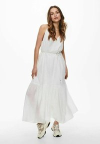 ONLY - ONLVIVI DRESS - Maxi dress - cloud dancer - 1
