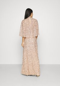 Maya Deluxe - DELICATE SEQUIN DRESS WITH DETACHABLE CAPE - Iltapuku - taupe blush - 2