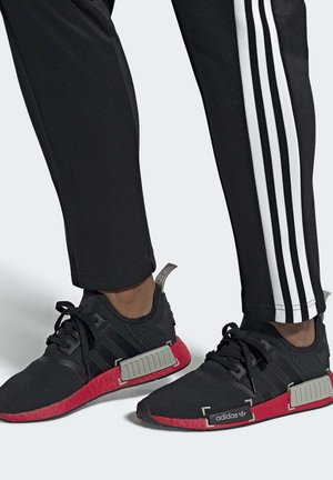 NMD_R1 SHOES - Trainers - black