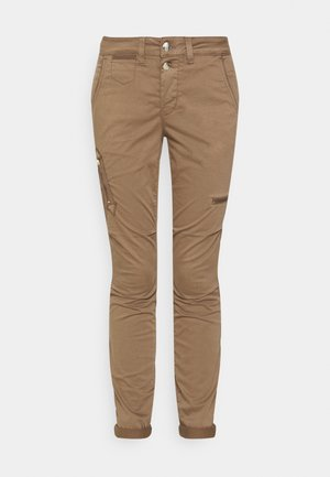 VALERINE CARGO PANT - Trousers - brown