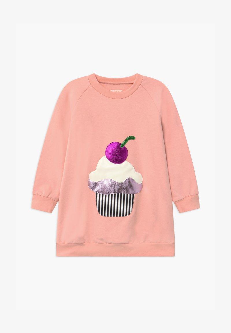 WAUW CAPOW by Bangbang Copenhagen - CAKE LOVE - Denní šaty - pink