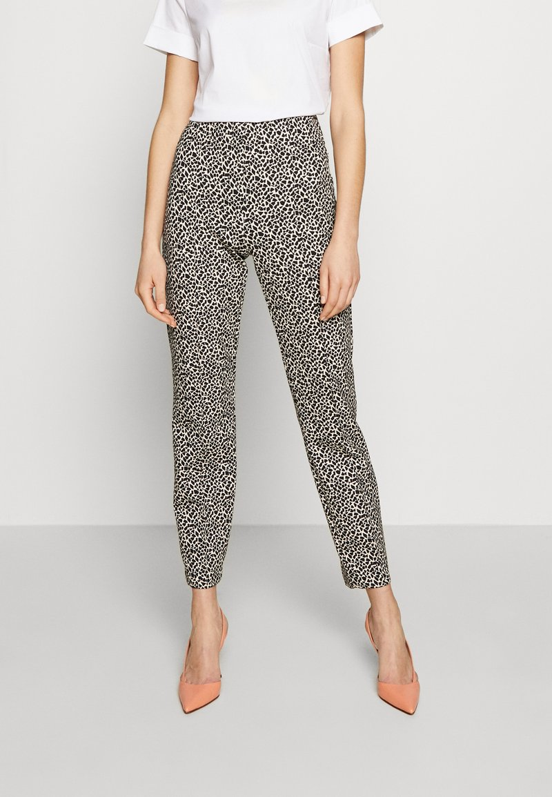 RIANI - SLIM FIT - Trousers - ivory
