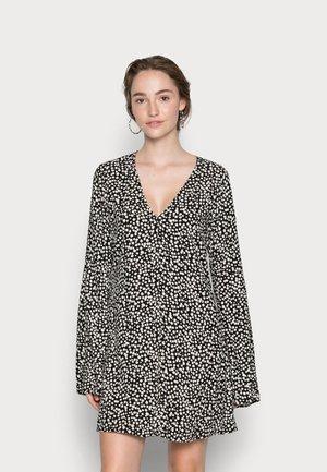 CADENCE DRESS - Day dress - black/white