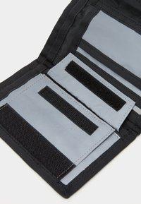Carhartt WIP - FLECT WALLET - Peněženka - reflective grey - 3