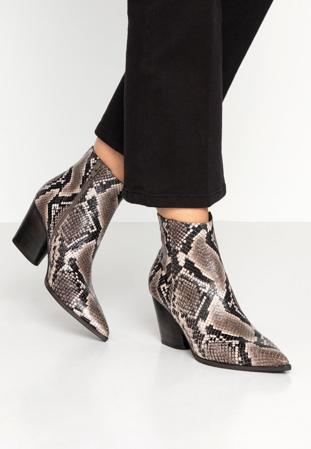 AMBER - Boots à talons - roccia