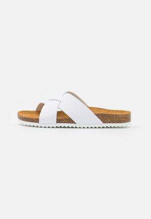SOHO - Pantofle - white