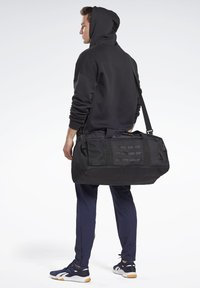 Reebok - TRAINING GRIP DUFFLE BAG - Sports bag - black - 0