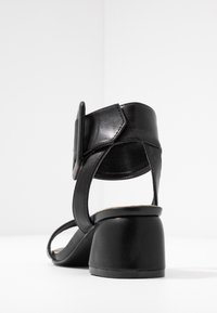 Rubi Shoes by Cotton On - BELLE BUCKLE - Sandály - black - 5