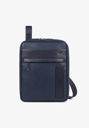 FALSTAFF - Across body bag - blue
