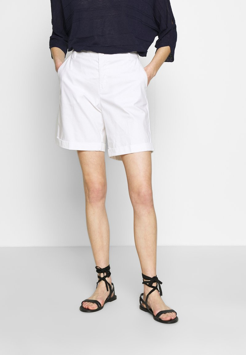 Benetton - BERMUDA - Shorts - white