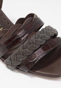 Pedro Miralles - Sandals - coco louisiana/marron nature testa - 2