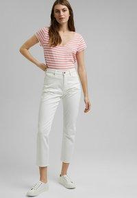 Esprit - SLUB - Print T-shirt - pink - 1