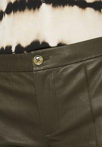 DAY Birger et Mikkelsen - DOGUNA - Leather trousers - deep - 4
