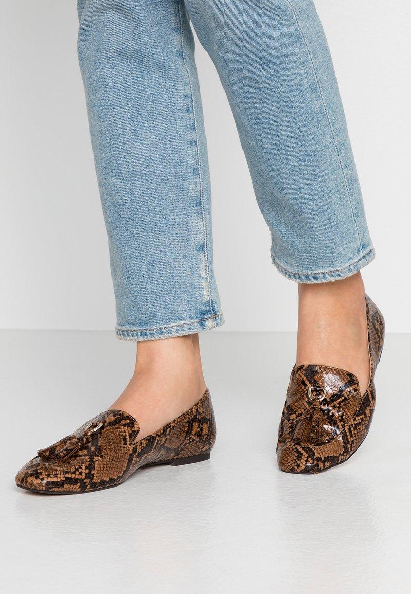 PARFOIS - Scarpe senza lacci - brown