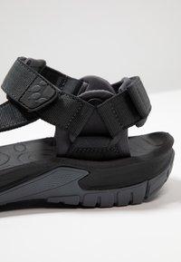 Jack Wolfskin - LAKEWOOD RIDE - Walking sandals - ebony - 5