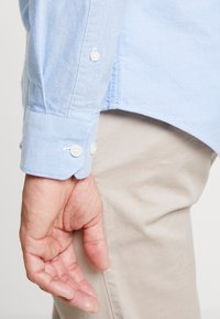 Farah - BREWER SLIM FIT - Shirt - mid blue - 3